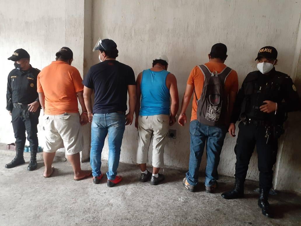 capturados por fiesta clandestina en Retalhuleu