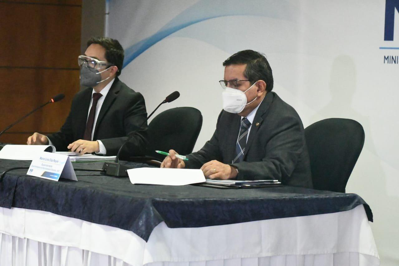 conferencia del mP y SAT por defraudación aduanera