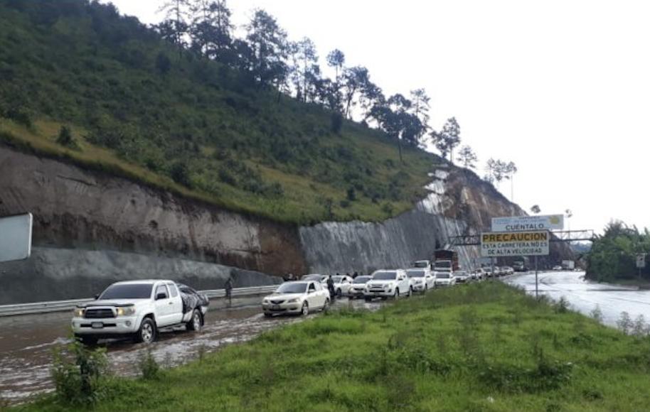 inundación en el libramiento de Chimaltenango