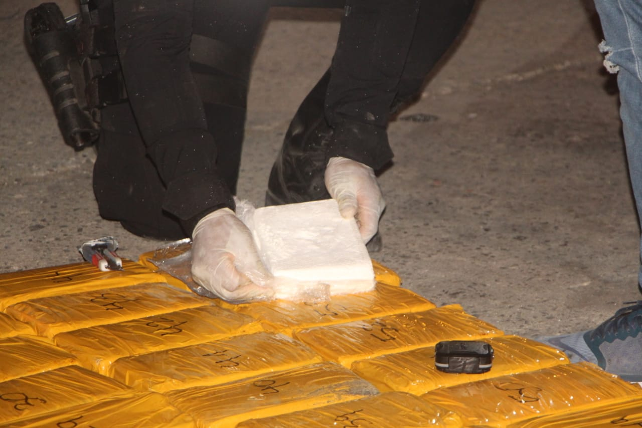 localizan droga en buque procedente de Colombia