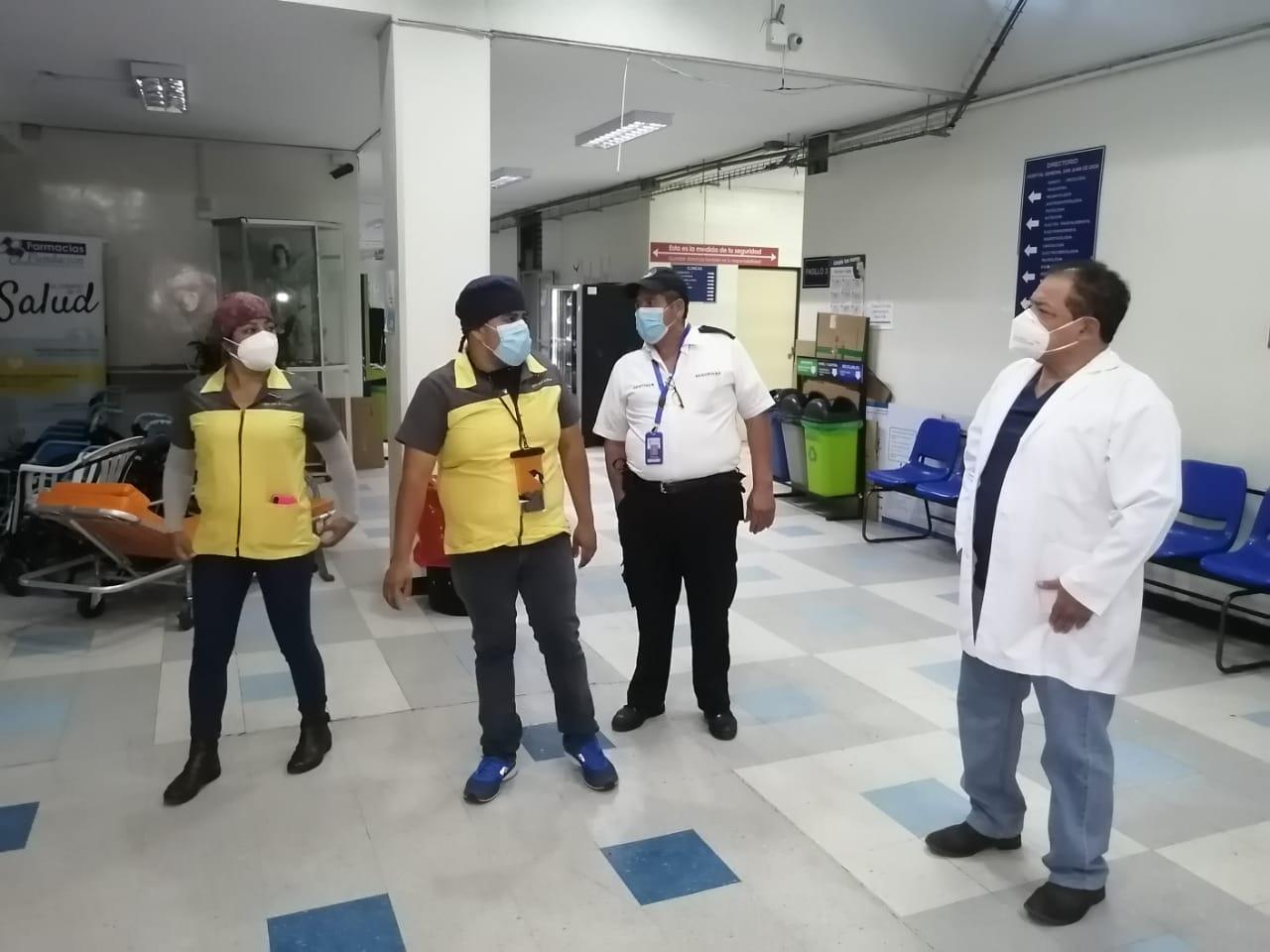 atención de pacientes con Covid-19 en hospital general San Juan de Dios
