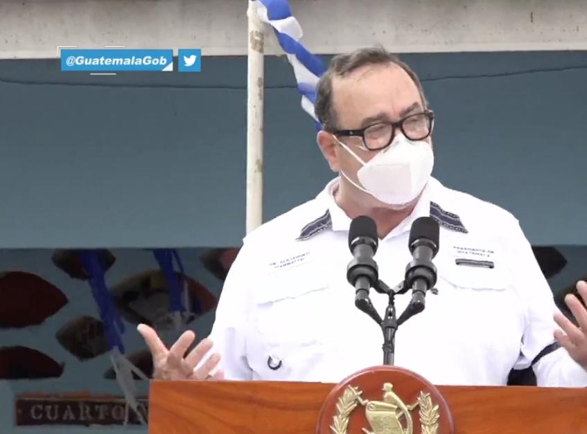 presidente Alejandro Giammattei anuncia reforma educativa