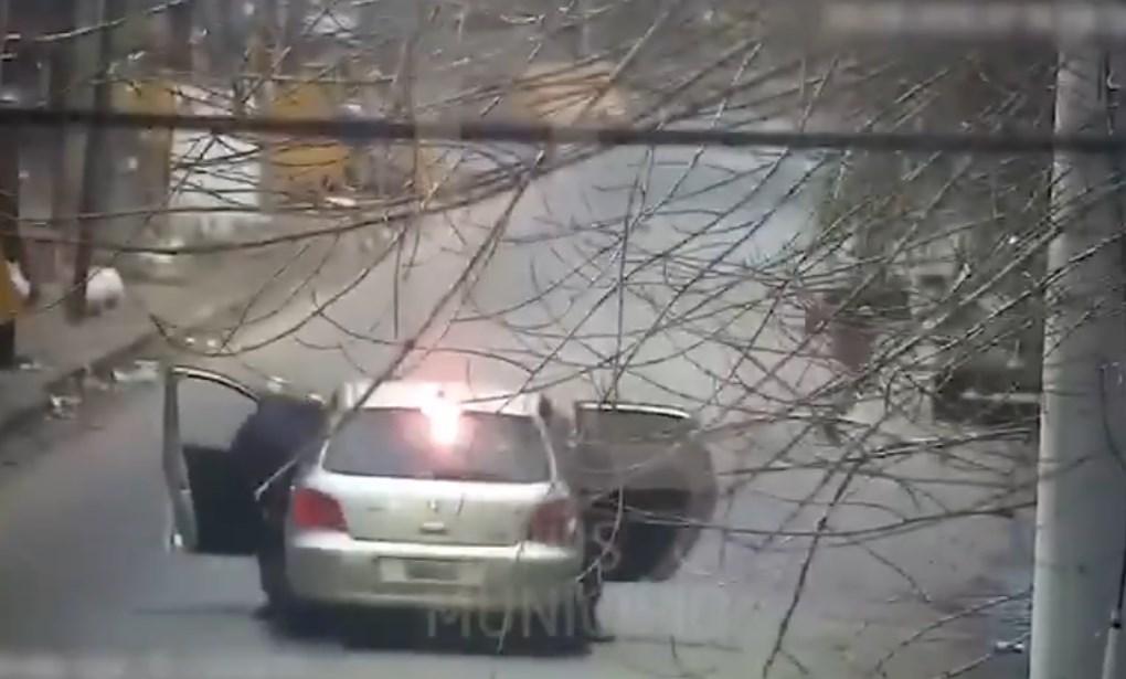 Ladrón intenta asaltar a policías en Argentina