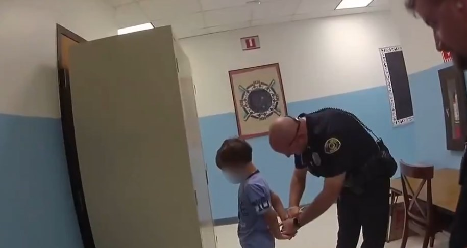 Arresto de niño en Florida