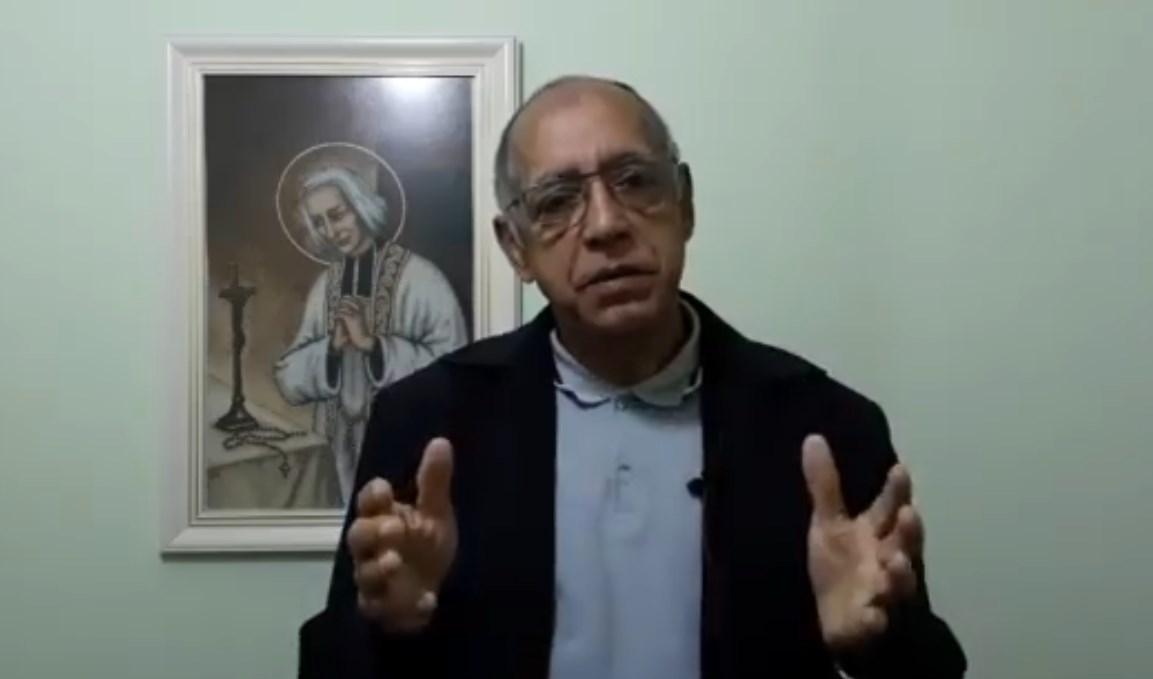 Sacerdote le desea la muerte a quienes no vayan a misa durante la pandemia