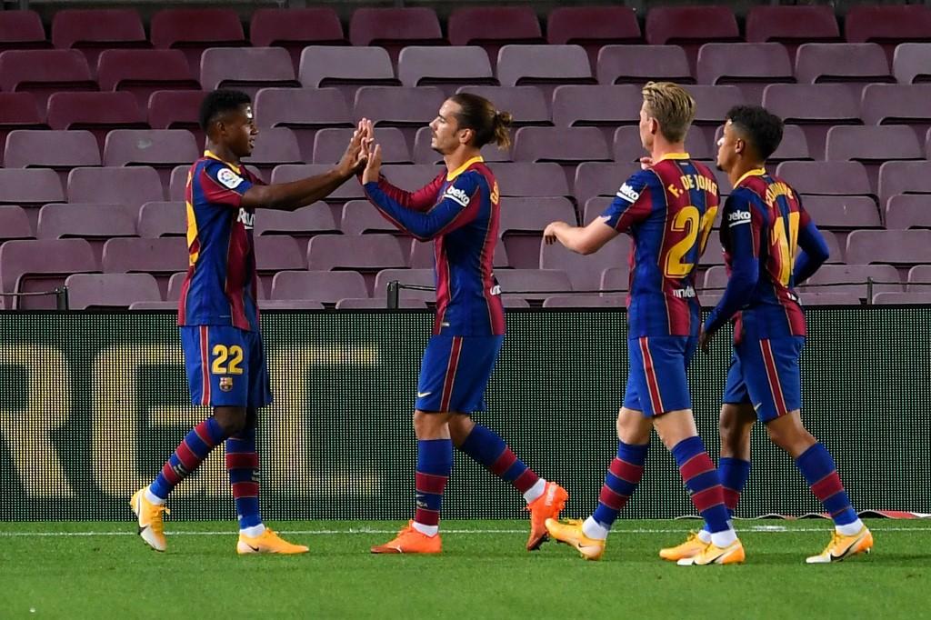 Barcelona golea al Villareal