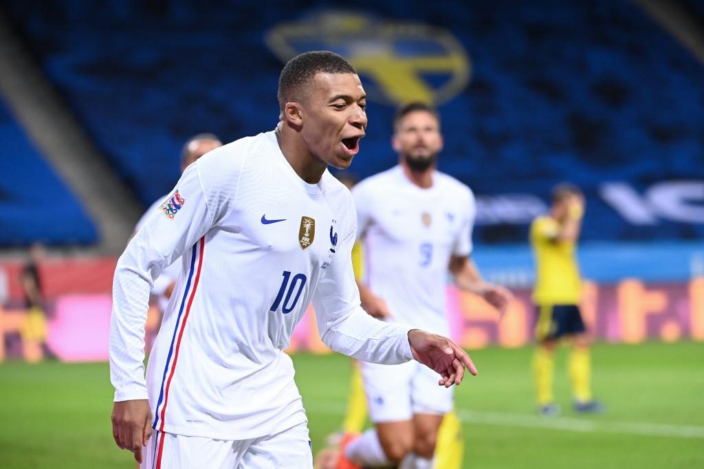Francia vence a Suecia en la Liga de Naciones