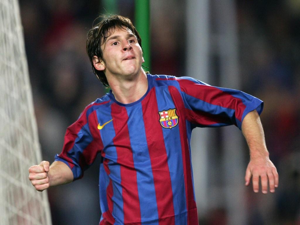Messi cumple 20 años de haber llegado al Barcelona