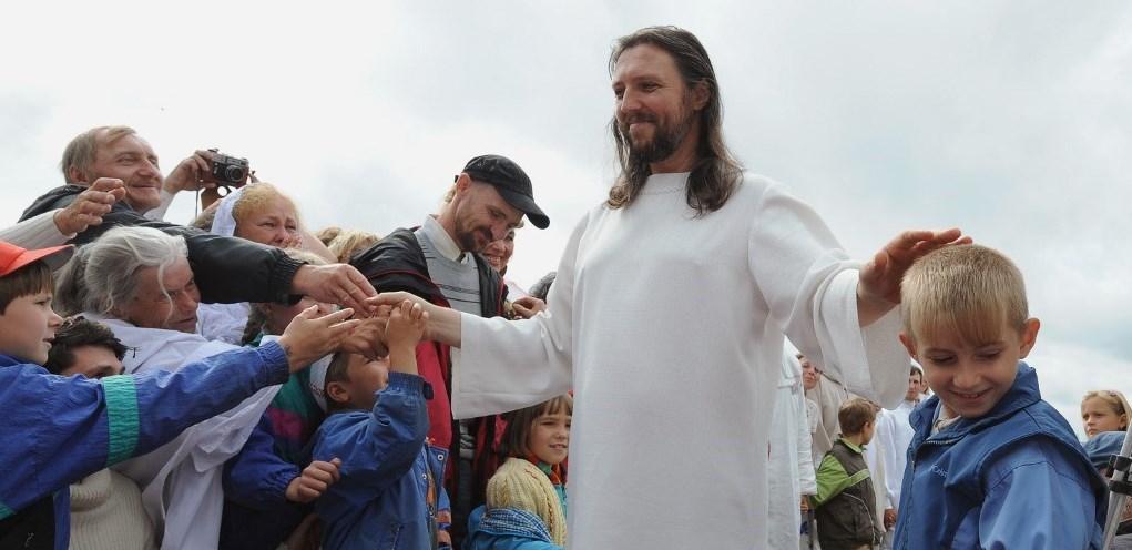 Hombre asegura ser la reencarnación de Jesucristo