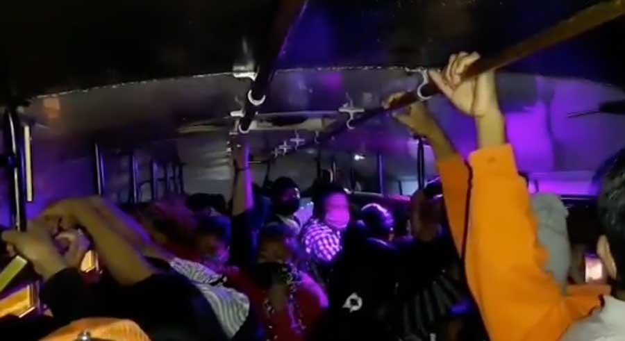 Bus es multado en Mixco