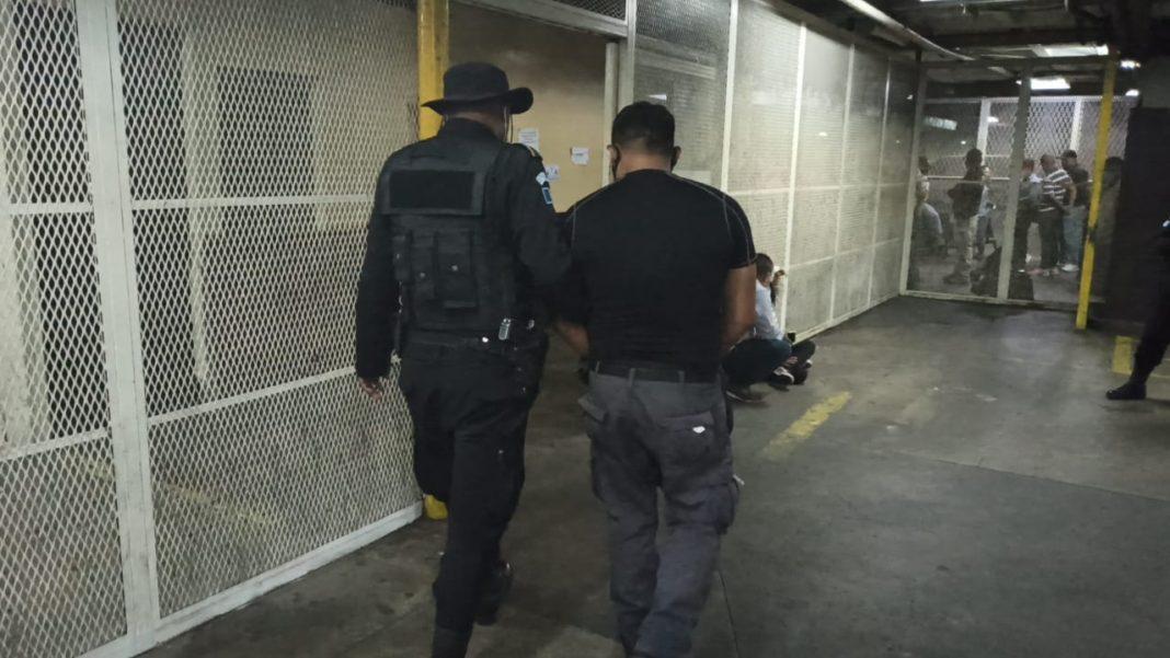 capturan a guardia del Sistema Penitenciario en preventivo de zona 18