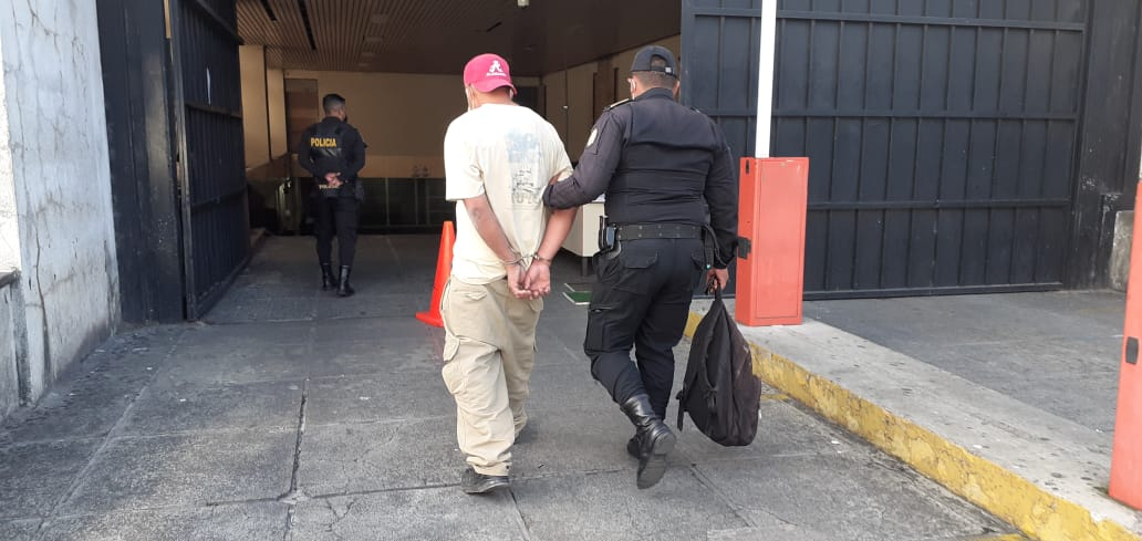 Detenido por herir a empleada de comedor