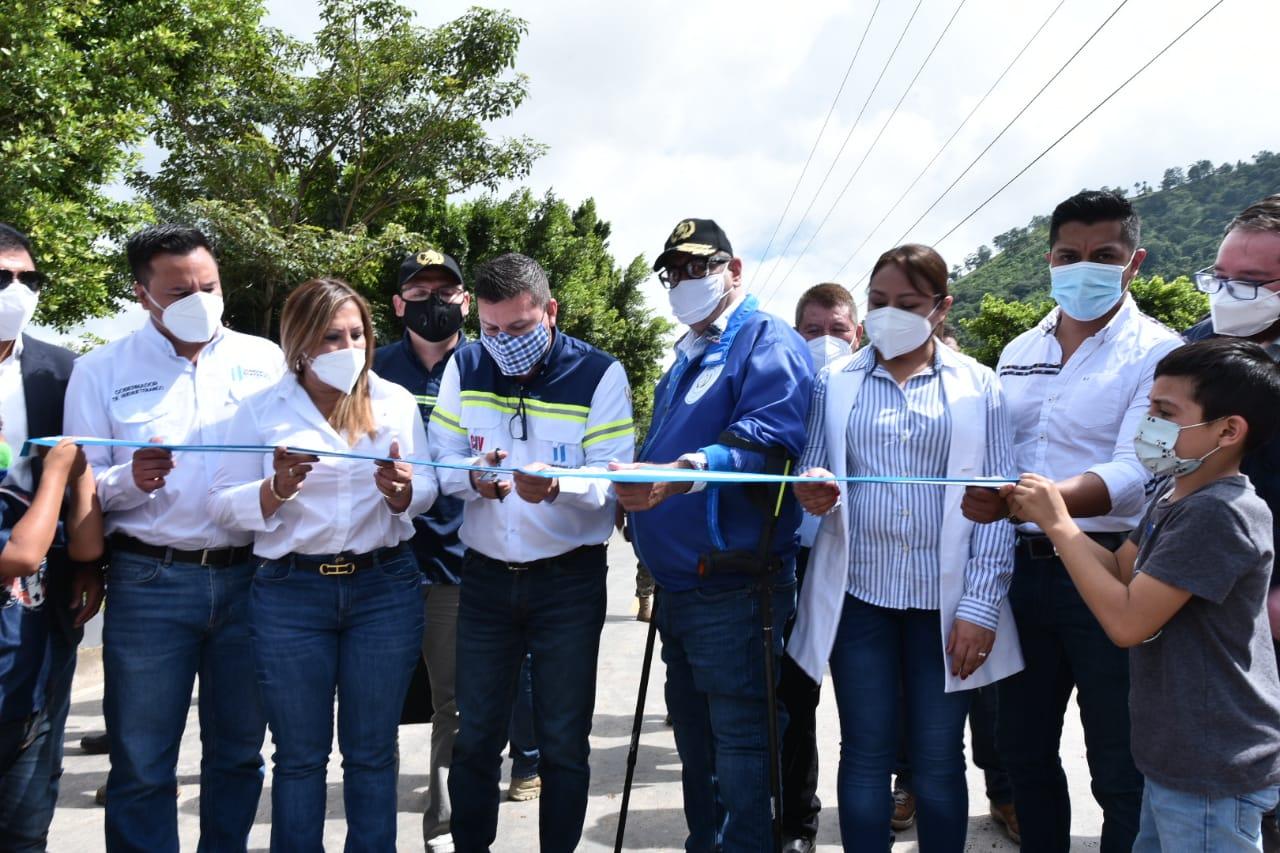 Inauguran proyecto carretero en Camojá, Huehuetenango