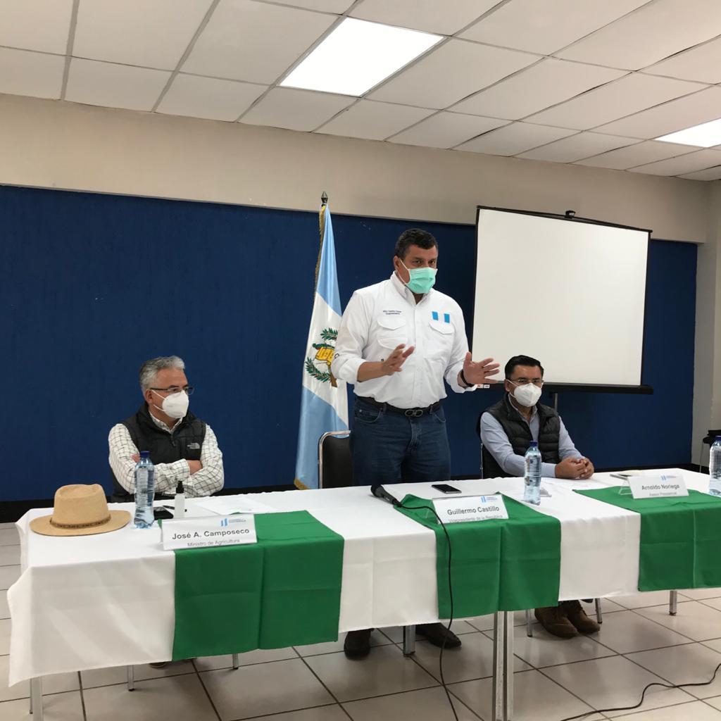 Vicepresidente se reúne con comisiones de Nahualá y Santa Catarina Ixtahuacán