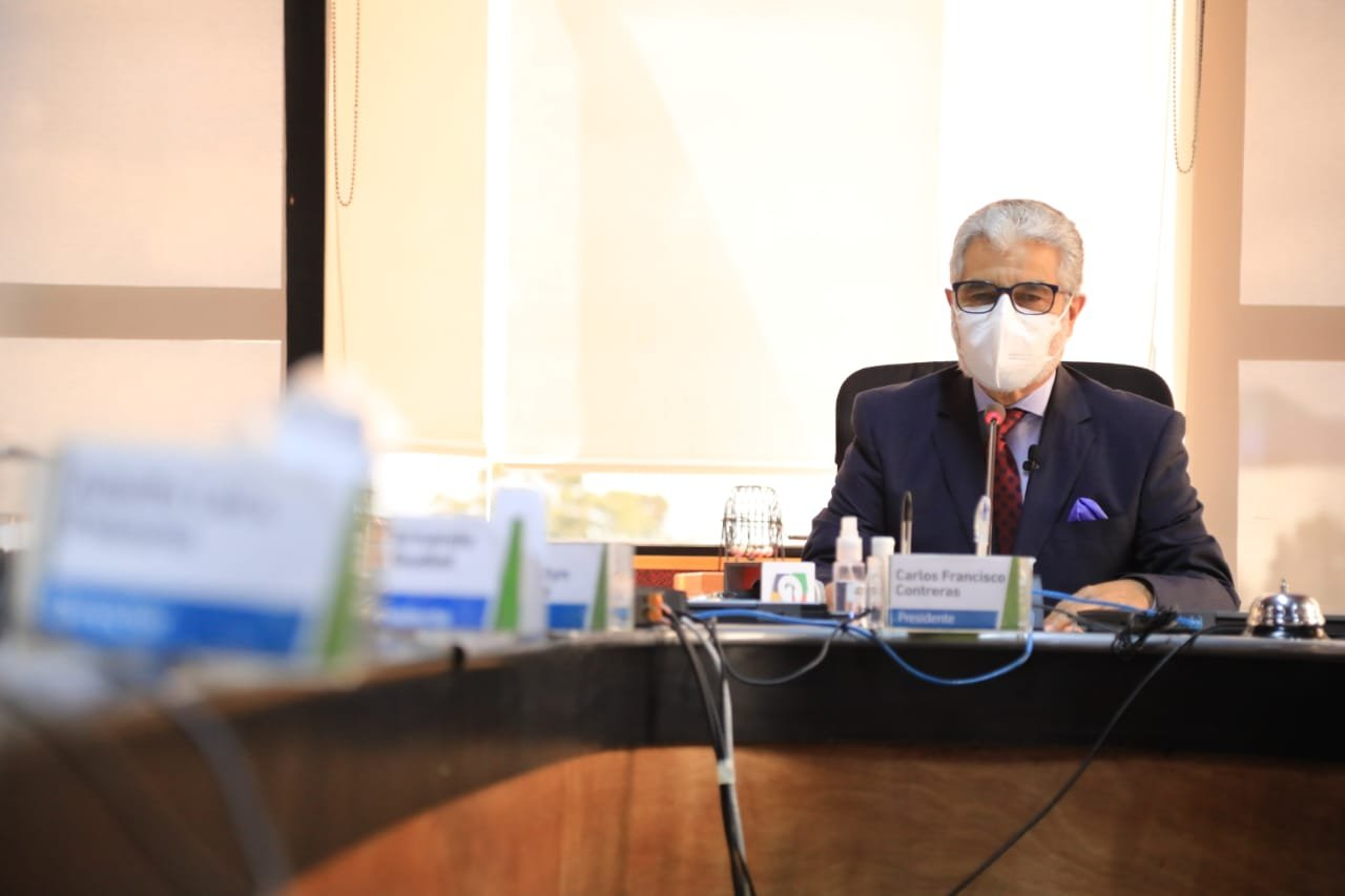 Carlos Contreras, presidente del IGSS.
