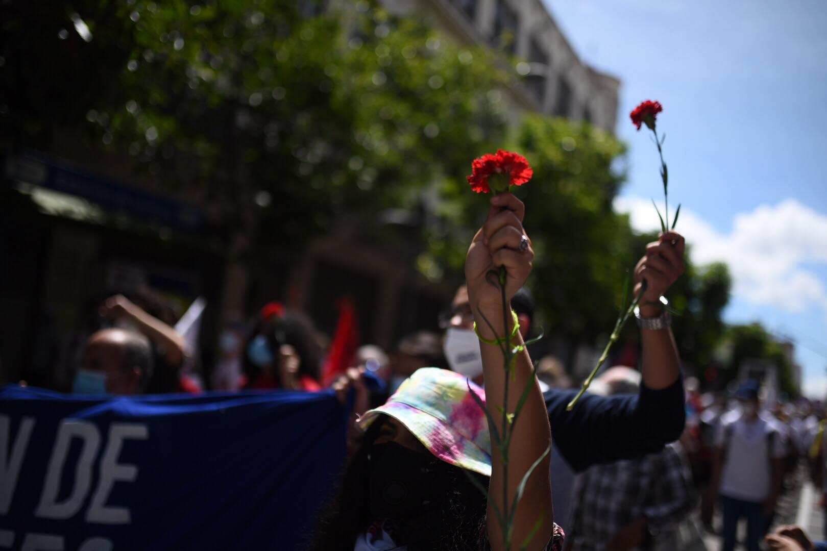 Conmemoran el 76 aniversario de la Revolución del 44.