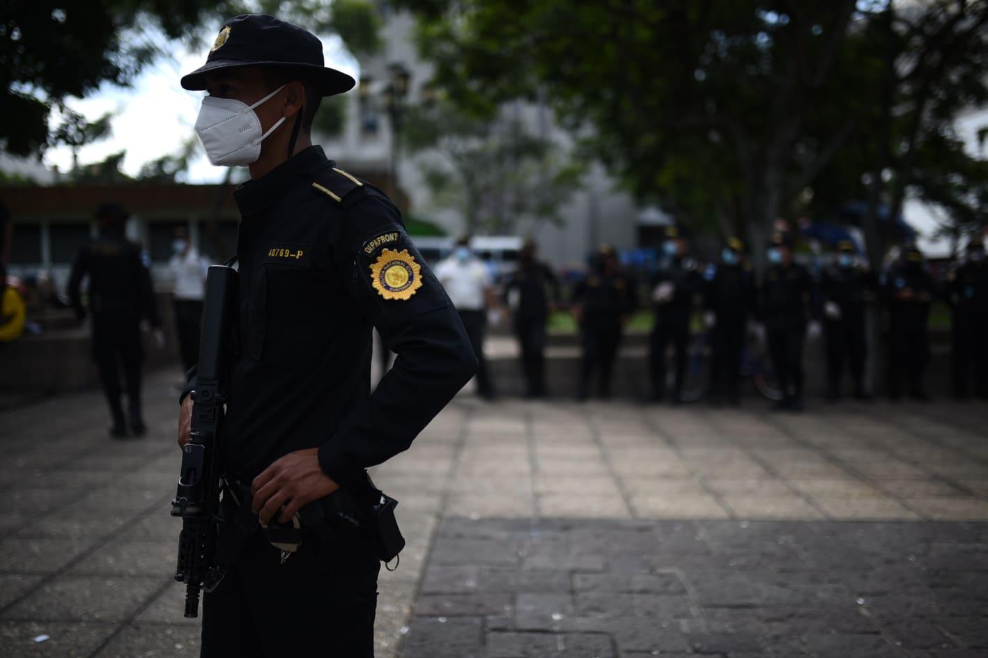 operativos de PNC en Parque Central permiten ubicar a hondureños