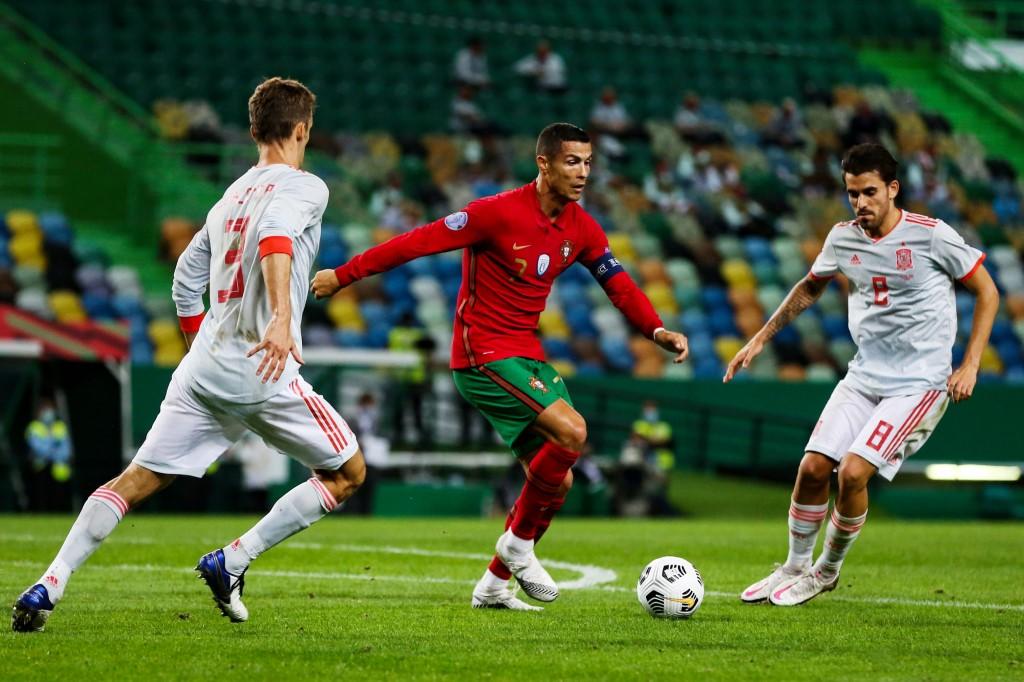 Portugal y España nivelan sin goles