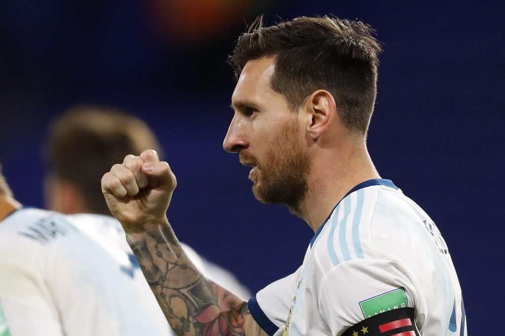 Argentina vence a Ecuador