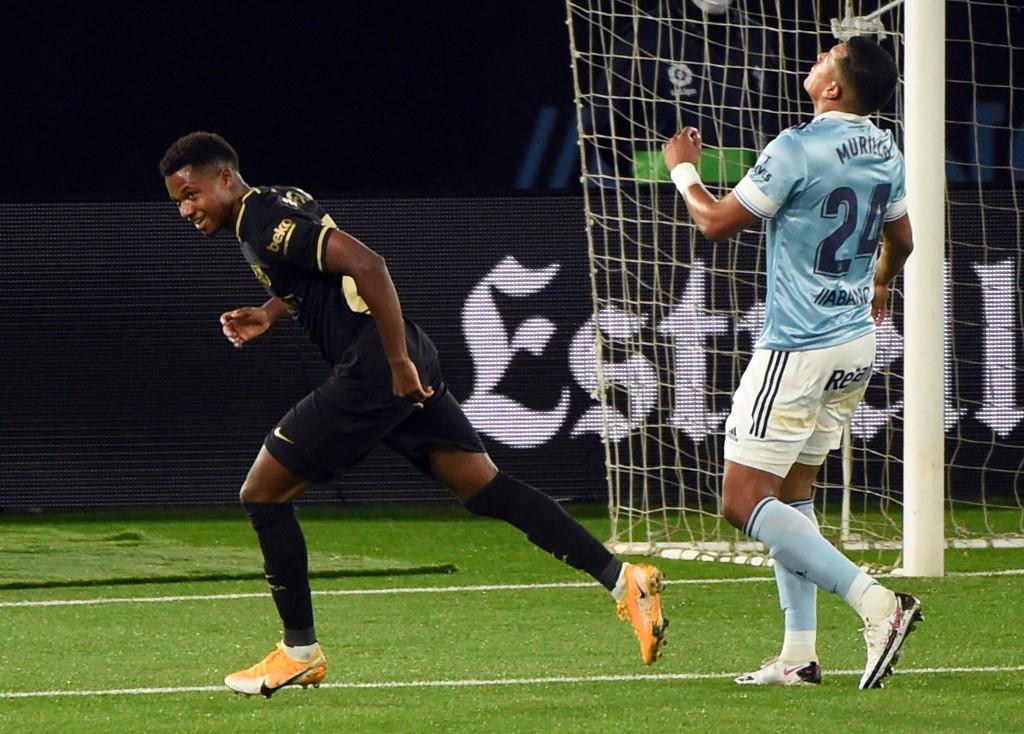 Barcelona vence al Celta en Balaídos