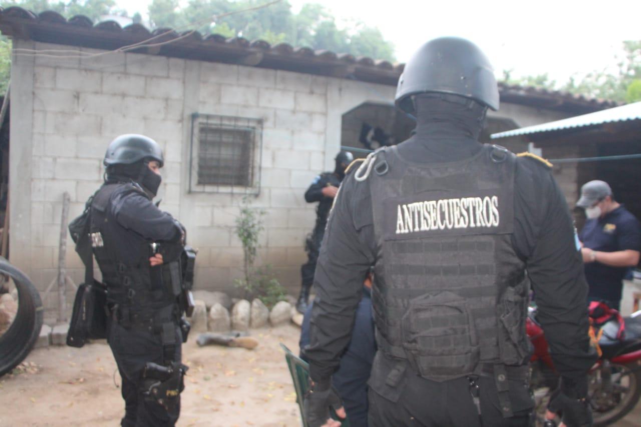 comando antisecuestros realiza operativo en Baja Verapaz
