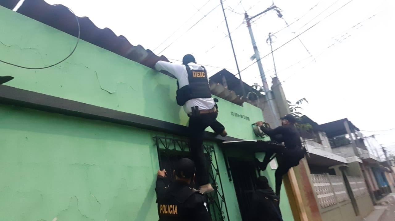 allanamientos contra extorsiones en Villa Nueva