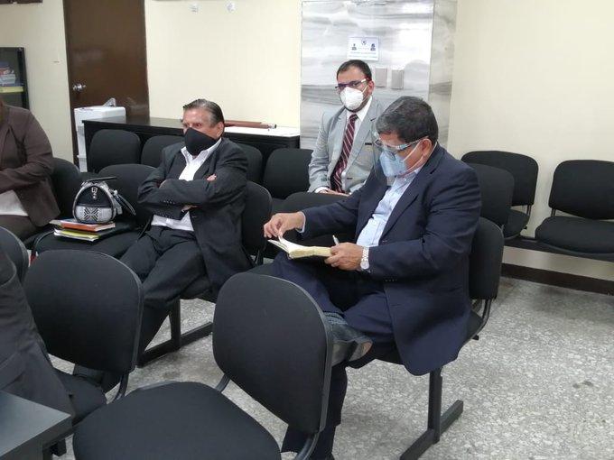 exdiputados Baudilio Hichos y Roberto Kestler.