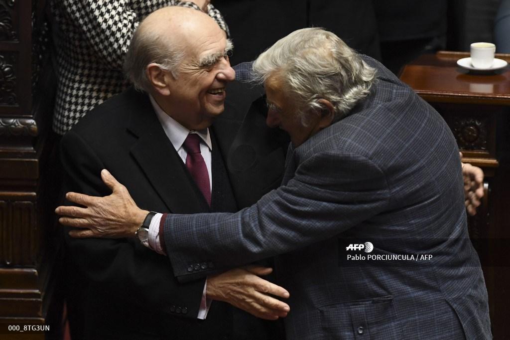 Julio María Sanguinetti y José Mujica