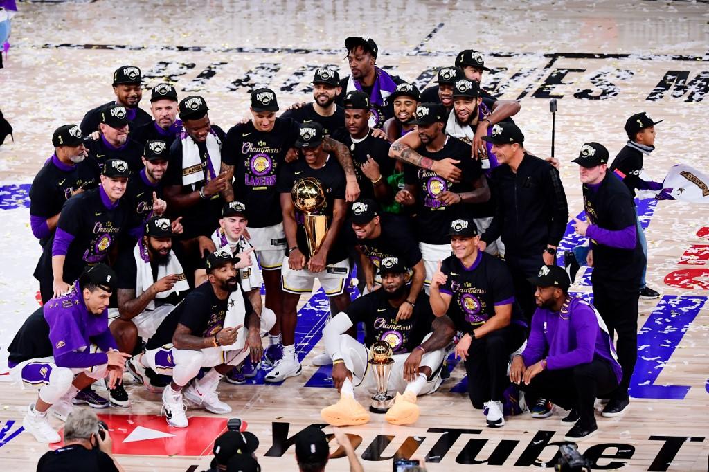 Lakers se coronan campeones