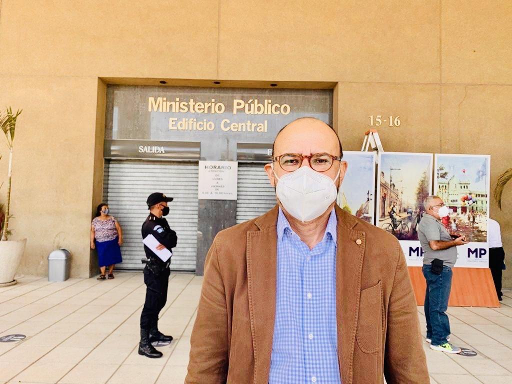 Manfredo Marroquín, excandidato presidencial, denuncia fraude en el Fodes