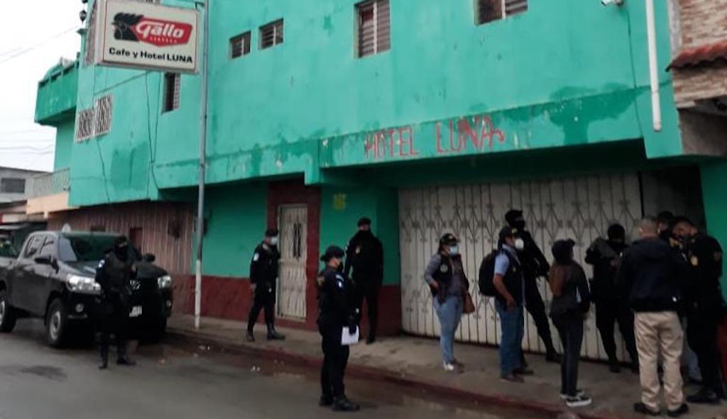 Autoridades realizan operativo en contra de la trata de personas.