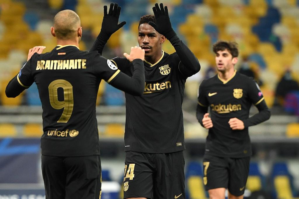Barcelona golea al Dinamo de Kiev