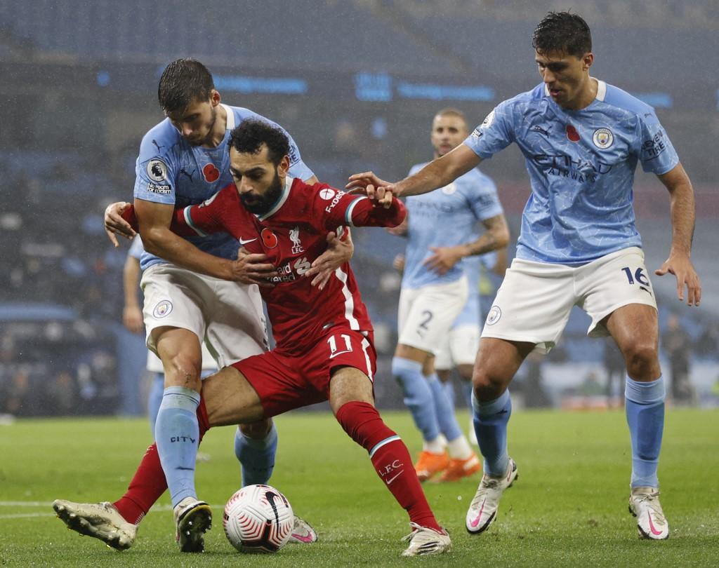 Manchester City y Liverpool empatan