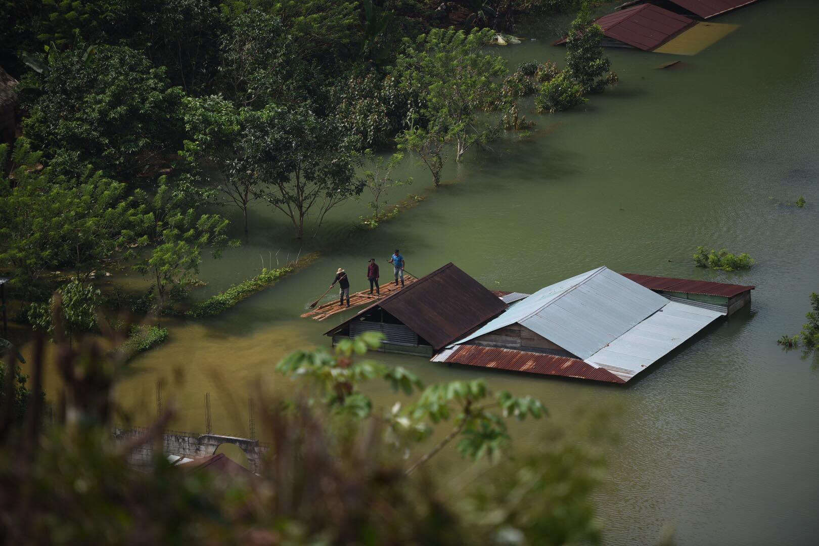 Traslado de ayuda humanitaria a Alta Verapaz