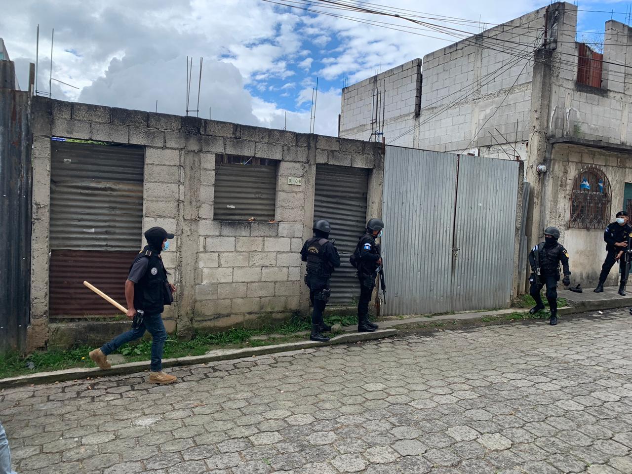 allanamientos contra narcomenudeo en Escuintla y Sacatepéquez
