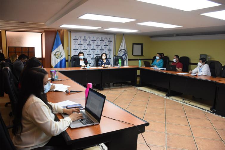comité de vacunación contra el Covid-19