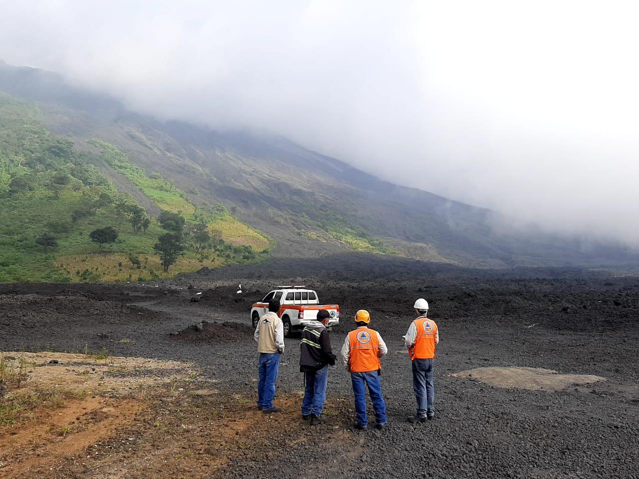 Conred verifica el volcán de Pacaya