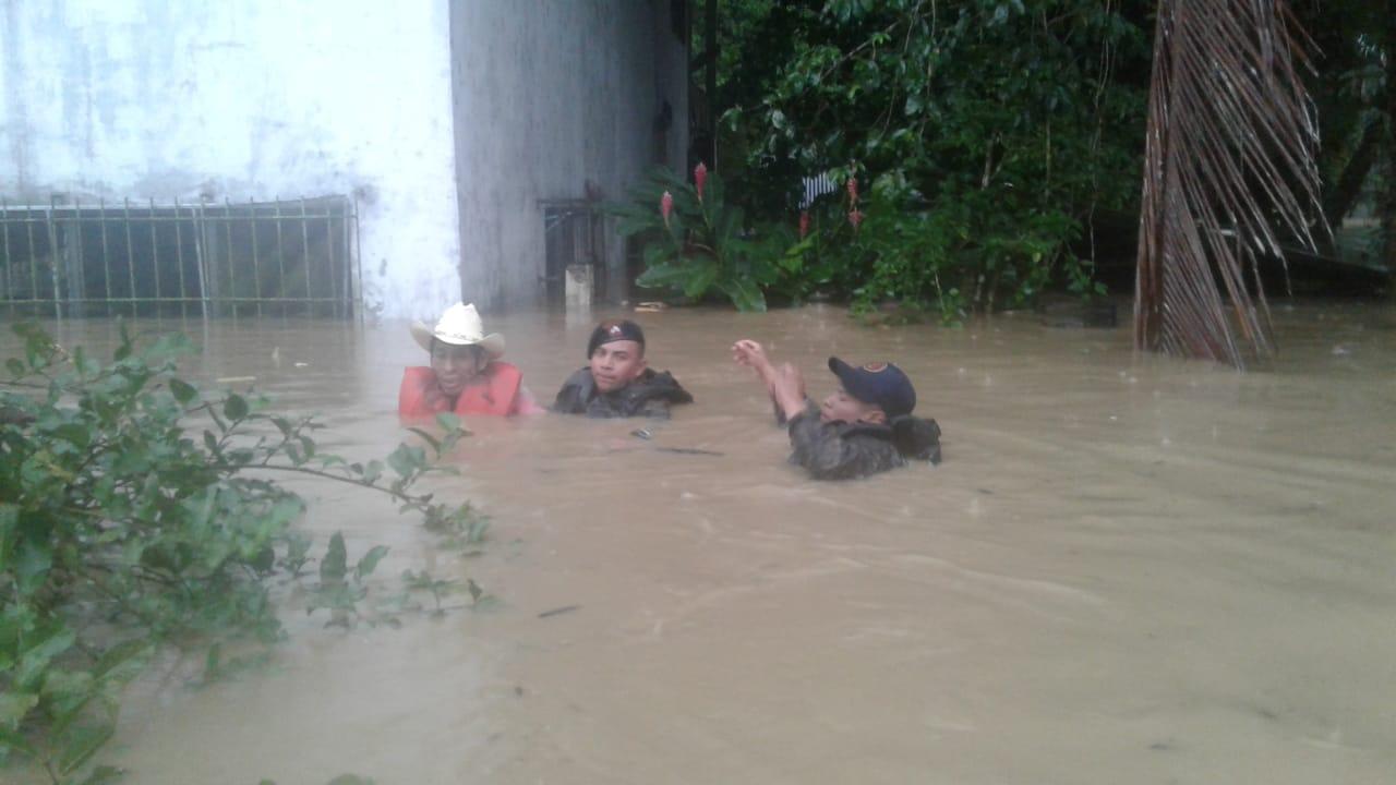 evacuaciones en Izabal por tormenta Eta