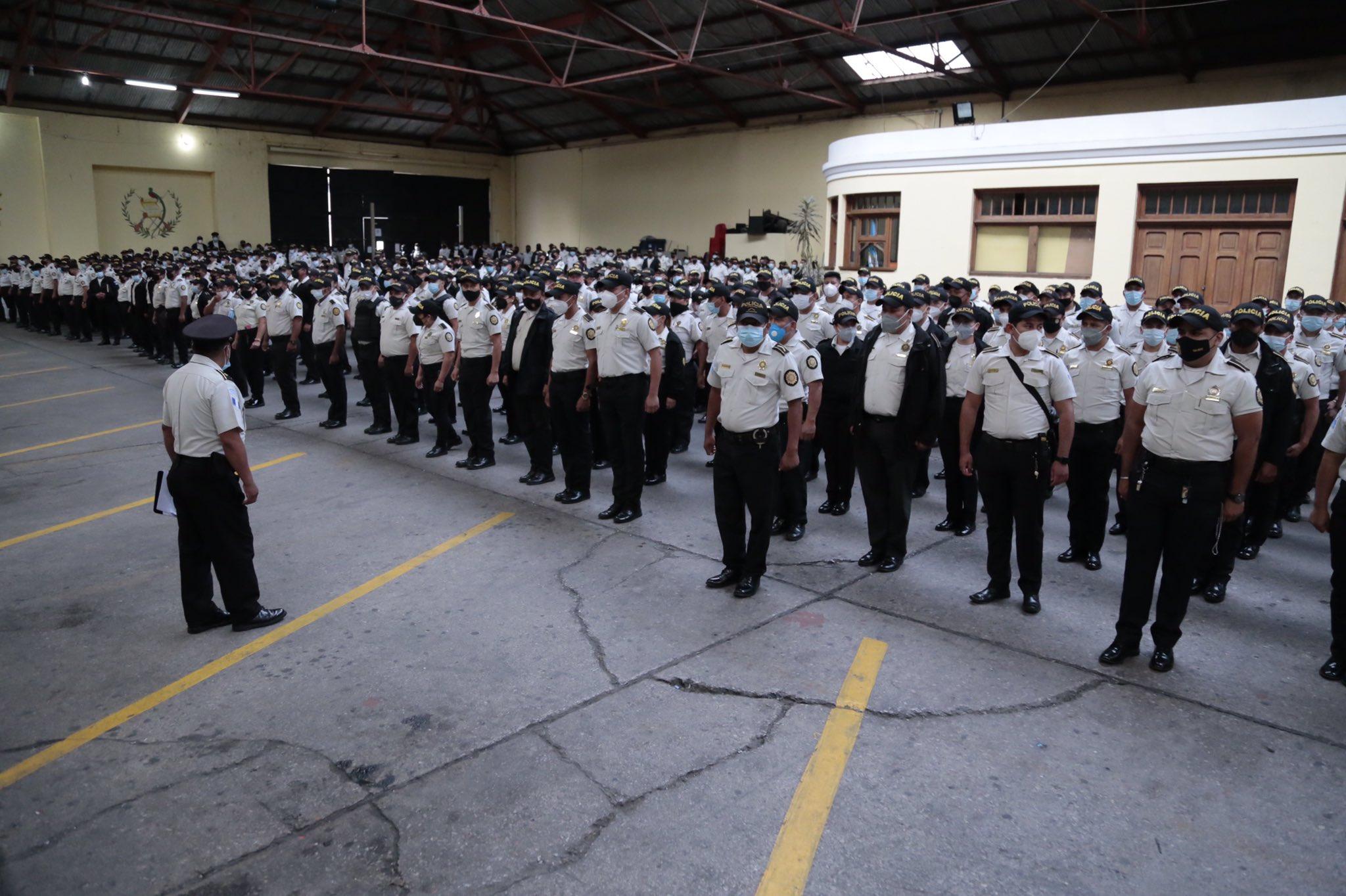 ministro de Gobernación y director de PNC inauguran operativo por manifestaciones