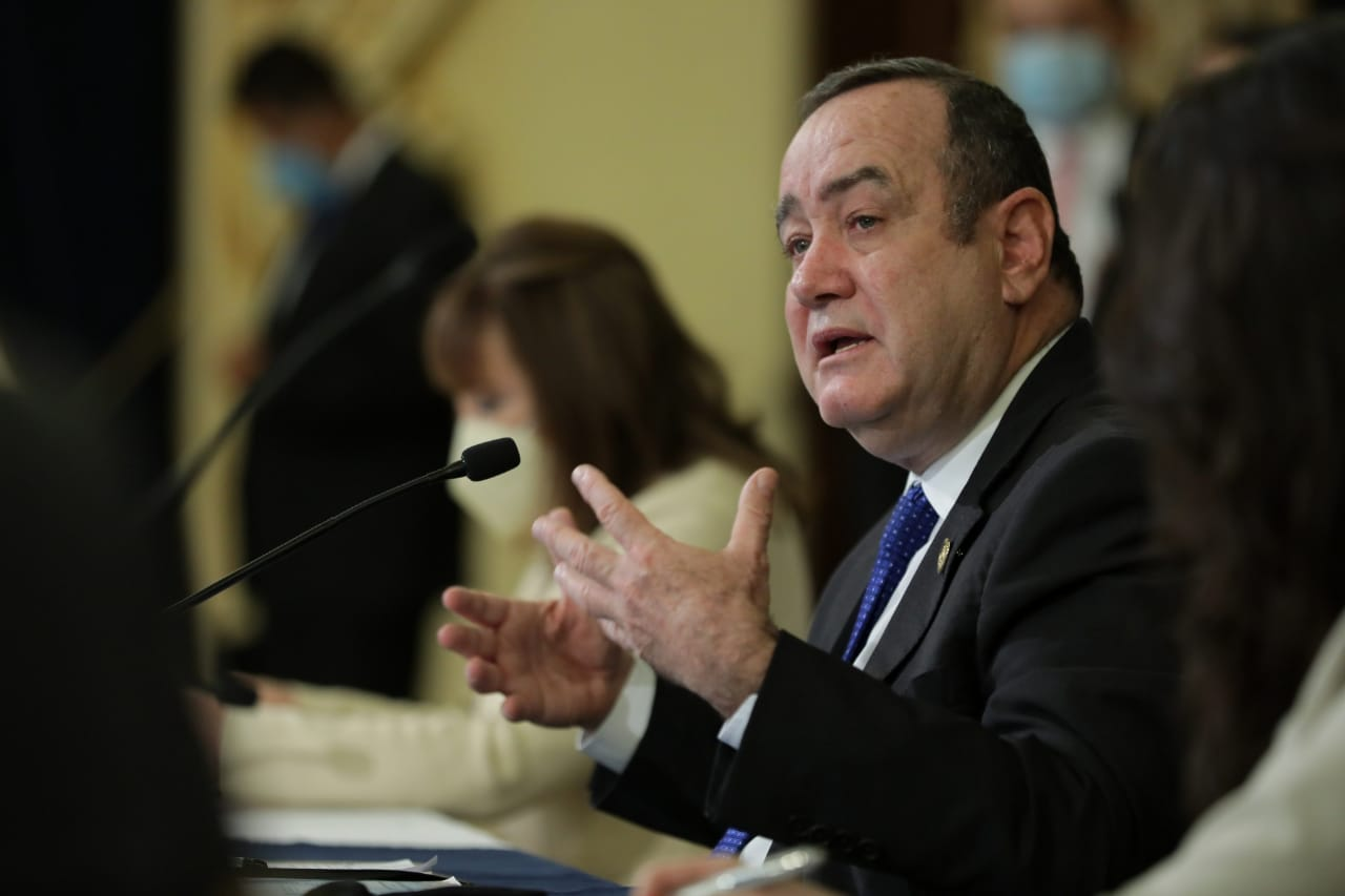 presidente Alejandro Giammattei anuncia reformas al presupuesto 2021