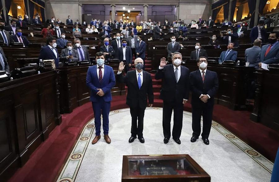 Roberto Molina Barreto y Jorge Rosales Mirón