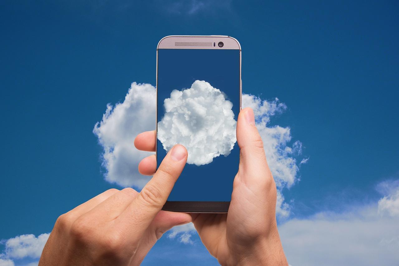 Smartphone y servicio en la nube