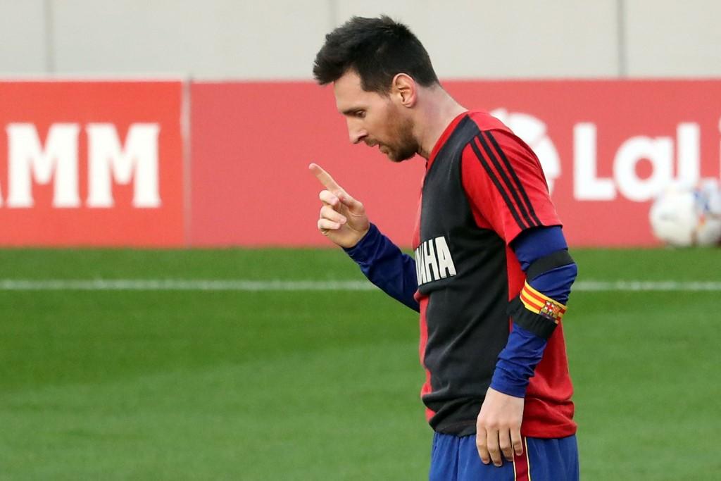 Messi multado por el homenaje a Maradona