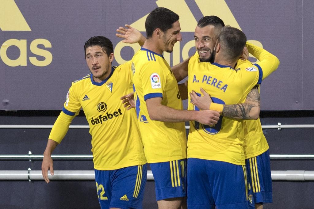 El Cádiz vence al FC Barcelona