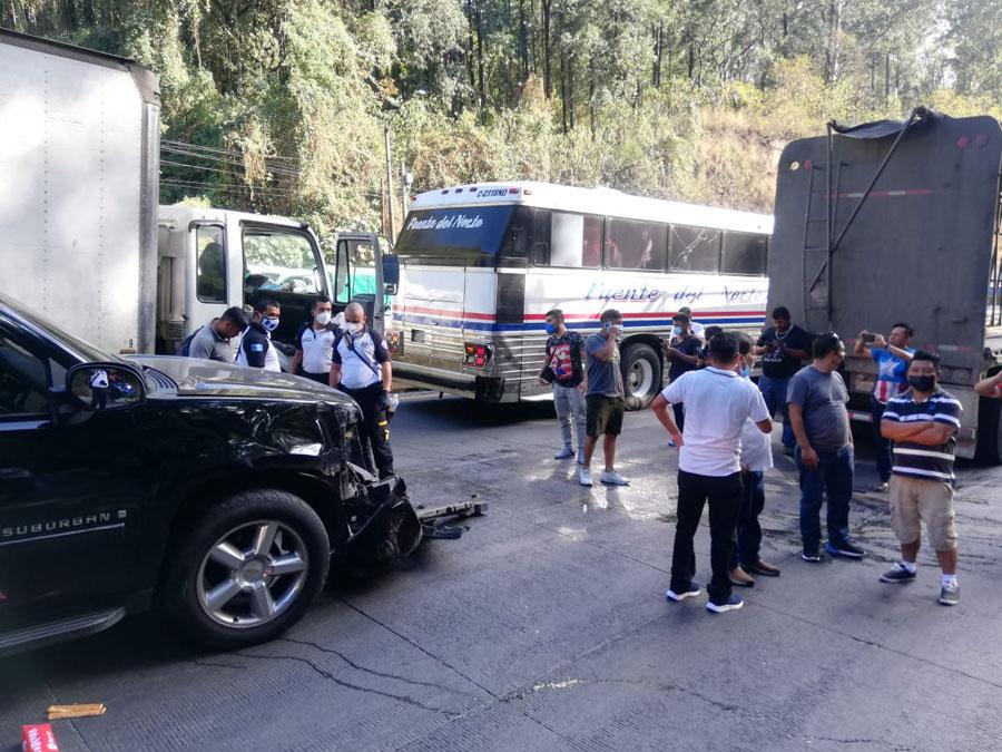 Accidente de tránsito en la bajada de Villa Lobos