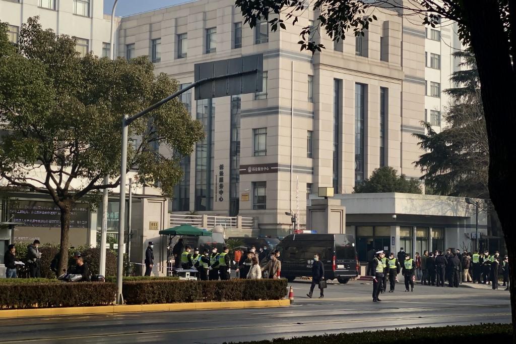 Condenan a prisión a periodista china Zhang Zhan