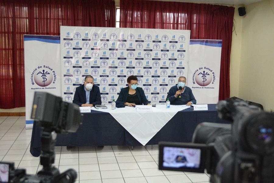 Conferencia de prensa del Ministerio de Salud