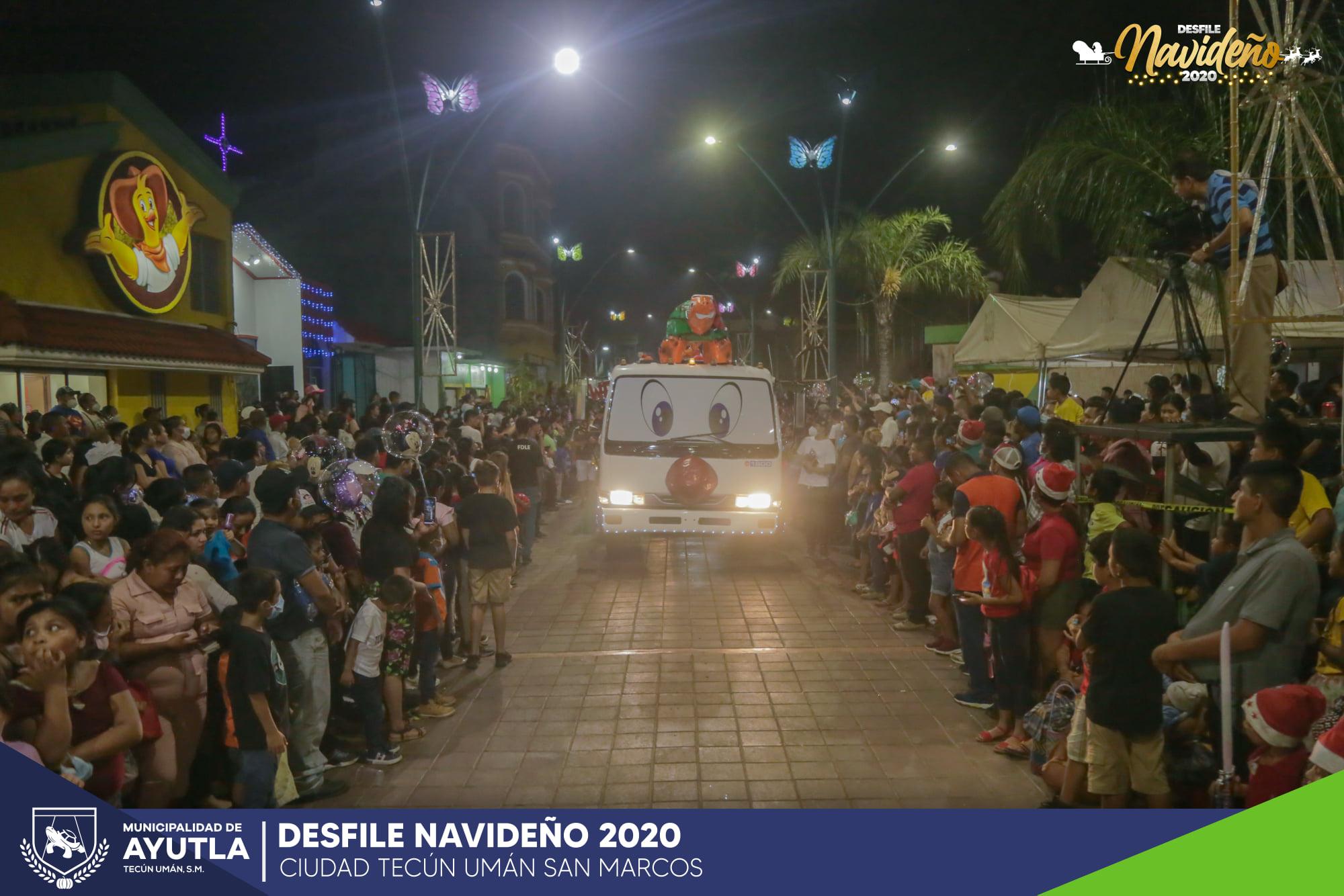 desfile navideño en Ayutla, San Marcos