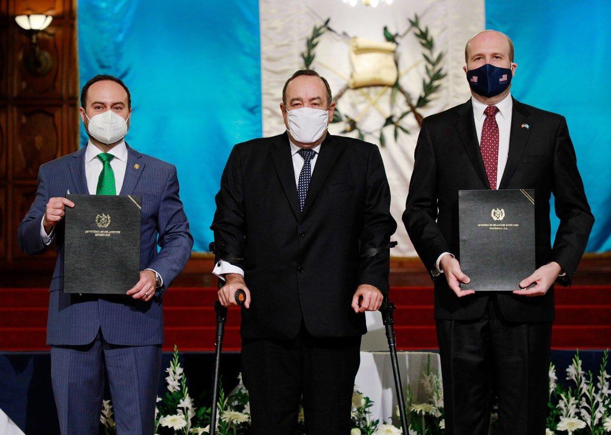 Guatemala y Estados Unidos fortalecen cooperación en energía e infraestructura