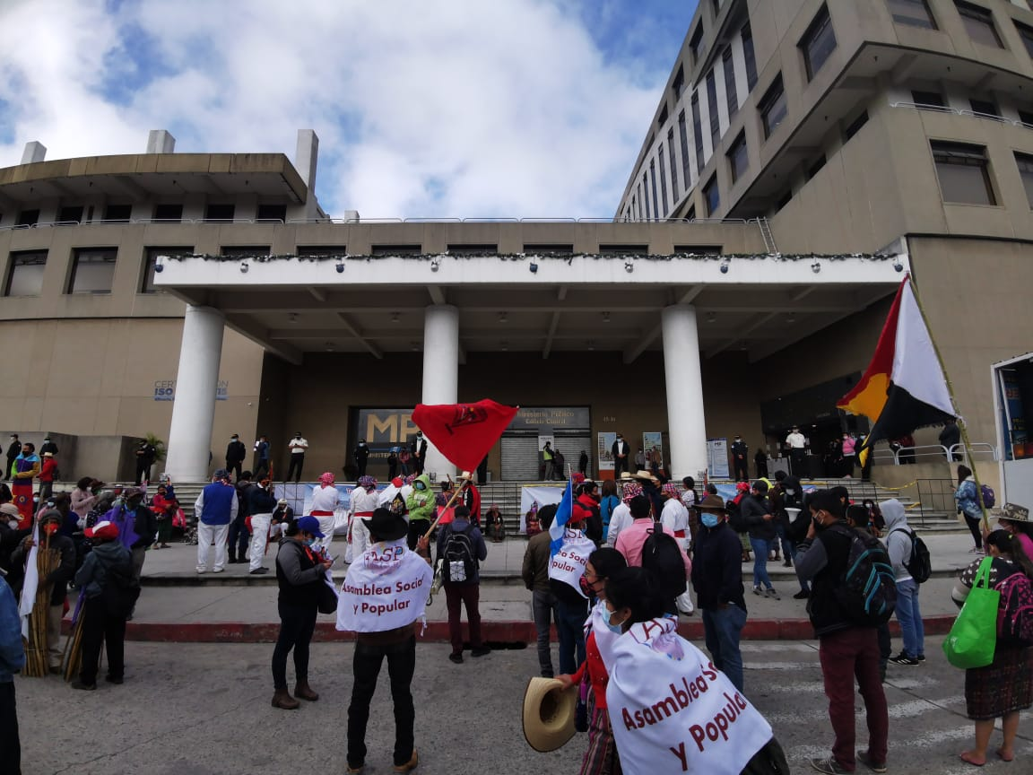 manifestación de organizaciones en el Ministerio Público
